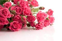 Η ανθοδέσμη των λεπτών τριαντάφυλλων ψεκασμού Στοκ Εικόνες