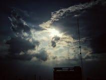 Η ανθρώπινη δημιουργία μπορεί να πιάσει τον ουρανό Στοκ Εικόνες