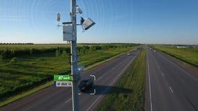 Η απεικόνιση ελέγχου καταδίωξης ραντάρ ταχύτητας κυκλοφορίας με τη infographic αυτοκινητική ανίχνευση ταχύτητας αυτοκινήτων αυτόμ απόθεμα βίντεο