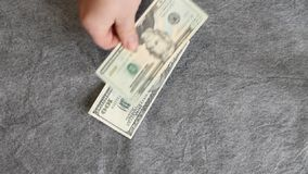 Η απόφαση σχετικά με τις δαπάνες απόθεμα βίντεο