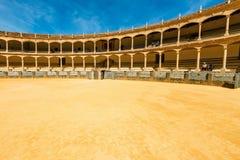 Η αρένα ταυρομαχίας στη Ronda είναι ένας από τον παλαιότερο και διασημότερο χώρο ταυρομαχίας στην Ανδαλουσία, Ισπανία Στοκ Φωτογραφία