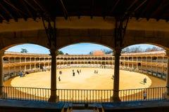 Η αρένα ταυρομαχίας στη Ronda είναι ένας από τον παλαιότερο και διασημότερο χώρο ταυρομαχίας στην Ανδαλουσία, Ισπανία Στοκ Εικόνα