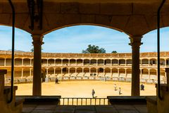 Η αρένα ταυρομαχίας στη Ronda είναι ένας από τον παλαιότερο και διασημότερο χώρο ταυρομαχίας στην Ανδαλουσία, Ισπανία Στοκ Εικόνες