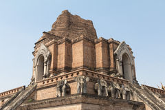 Η αρχαία παγόδα χτίζει από το τούβλο σε Wat Chedi Luang Στοκ φωτογραφία με δικαίωμα ελεύθερης χρήσης
