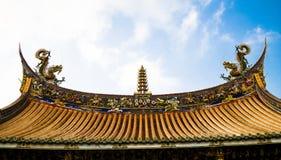 Η αρχαία στέγη ναών ` s στοκ εικόνα με δικαίωμα ελεύθερης χρήσης