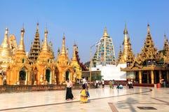 Η αρχιτεκτονική στην παγόδα Shwedagon σε Yangoon Στοκ Φωτογραφίες