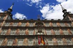 Η αρχιτεκτονική των παλαιών κτηρίων στο δήμαρχο Plaza, Μαδρίτη, Ισπανία Στοκ Εικόνες