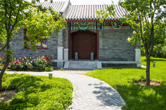 Η Ασία κινέζικα, Πεκίνο, κήπος EXPO, παλαιό κτήριο, προαύλιο, αυξήθηκε λουλούδι Στοκ φωτογραφίες με δικαίωμα ελεύθερης χρήσης