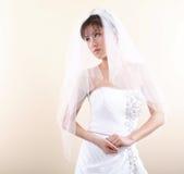 η ασιατική όμορφη νύφη την δίν&eps Στοκ εικόνα με δικαίωμα ελεύθερης χρήσης