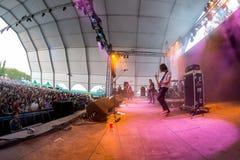 Η ατελής ζώνη συμπόνοιας στη συναυλία στο φεστιβάλ Dcode στοκ φωτογραφίες
