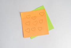 η αυτοκόλλητη ετικέττα υπενθυμίζει στις σημειώσεις και άλλα αρχεία, Στοκ εικόνα με δικαίωμα ελεύθερης χρήσης
