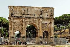 Η αψίδα του Constantine εδώ κοντά το Colosseum Στοκ Εικόνες