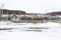Η αλιεία των παγίδων εχιόνισε μέσα Στοκ Εικόνες