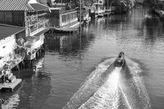 Η βάρκα μηχανών Στοκ Εικόνες