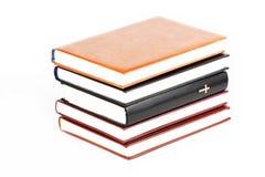 η Βίβλος κρατά ιερό Στοκ φωτογραφία με δικαίωμα ελεύθερης χρήσης