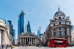 Η βασιλική ανταλλαγή και η Τράπεζα της Αγγλίας στο Λονδίνο στοκ φωτογραφία