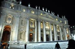 Η βασιλική SAN Pietro σε Βατικανό τη νύχτα Στοκ φωτογραφίες με δικαίωμα ελεύθερης χρήσης