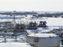 Η βιομηχανική δυνατότητα της εταιρείας πετρελαίου Εξοπλισμός πετρελαιοφόρων περιοχών Βιομηχανική υποδομή πετρελαίου και φυσικού α Στοκ εικόνα με δικαίωμα ελεύθερης χρήσης