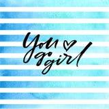 Η βούρτσα που γράφει εσείς πηγαίνει κορίτσι στα μπλε λωρίδες watercolor Στοκ Εικόνες