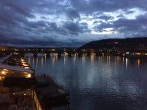 Η γέφυρα από την Πράγα Στοκ φωτογραφίες με δικαίωμα ελεύθερης χρήσης