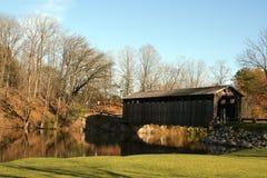 η γέφυρα κάλυψε ιστορικό στοκ φωτογραφίες