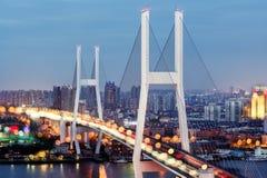 Η γέφυρα και Overpass nanpu Στοκ εικόνα με δικαίωμα ελεύθερης χρήσης