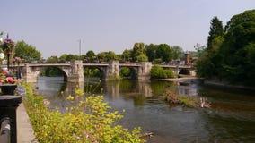 Η γέφυρα σε Bridgnorth πέρα από τον ποταμό Severn Στοκ Εικόνες