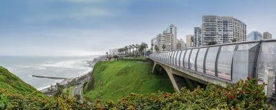 Η γέφυρα στην περιοχή Miraflores στο της Λίμα Περού Στοκ Εικόνες