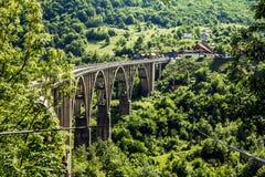 Η γέφυρα Dzhurdzhevich πέρα από τον ποταμό Tara Στοκ Φωτογραφία
