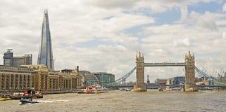 Η γέφυρα Shard & πύργων στοκ φωτογραφίες