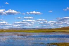 Η γενική λίμνη σε WulanBu όλο το αρχαίο πεδίο μάχη λιβαδιών Στοκ Εικόνες