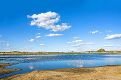 Η γενική λίμνη σε WulanBu όλο το αρχαίο πεδίο μάχη λιβαδιών Στοκ φωτογραφίες με δικαίωμα ελεύθερης χρήσης