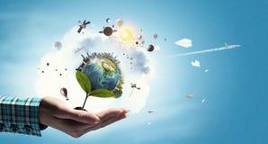 η γη δίνει τον πλανήτη μας Μικτά μέσα Στοκ εικόνα με δικαίωμα ελεύθερης χρήσης