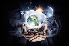 η γη δίνει τον πλανήτη μας Στοκ Εικόνες