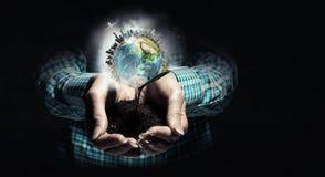 η γη δίνει τον πλανήτη μας Στοκ φωτογραφίες με δικαίωμα ελεύθερης χρήσης