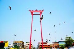 Η γιγαντιαία ταλάντευση, ναός Wat Suthat, Μπανγκόκ, Ταϊλάνδη 0225 Στοκ εικόνες με δικαίωμα ελεύθερης χρήσης