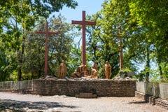 Η γλυπτική σύνθεση του επεισοδίου - η κάθοδος από το σταυρό του Ιησούς Χριστού, το άδυτο της κυρίας Lourdes μας στοκ εικόνες