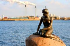 Η γοργόνα iittle - Κοπεγχάγη Στοκ φωτογραφία με δικαίωμα ελεύθερης χρήσης