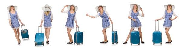 Η γυναίκα έτοιμη για το θερινό ταξίδι που απομονώνεται στο λευκό Στοκ εικόνα με δικαίωμα ελεύθερης χρήσης