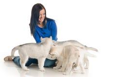 η γυναίκα κατοικίδιων ζώων της Στοκ φωτογραφίες με δικαίωμα ελεύθερης χρήσης