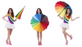 Η γυναίκα με την ομπρέλα που απομονώνεται στο λευκό στοκ φωτογραφίες