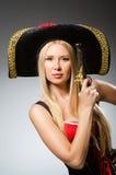 Η γυναίκα στο κοστούμι πειρατών Στοκ Εικόνες