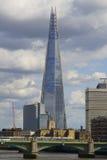 η γωνία 306m είναι κτηρίου οικοδόμησης της ΕΕ hdr ορόσημων καλυμμένος ουρανός scrapper του Λονδίνου νέος shard που λεπτός πιό ψηλ Στοκ Εικόνες