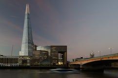 η γωνία 306m είναι κτηρίου οικοδόμησης της ΕΕ hdr ορόσημων καλυμμένος ουρανός scrapper του Λονδίνου νέος shard που λεπτός πιό ψηλ Στοκ Εικόνα