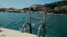 Η δίοδος της βάρκας στο Μαυροβούνιο απόθεμα βίντεο