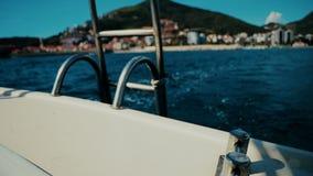 Η δίοδος της βάρκας στο Μαυροβούνιο φιλμ μικρού μήκους