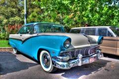 η δεκαετία του '50 η κλασική αυστραλιανή Ford Fairlane Βικτώρια στοκ εικόνες
