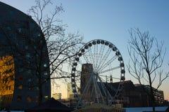 Η διάσημη αγορά στην καρδιά της μεγάλης πόλης του Ρότερνταμ, μια ολλανδική μητρόπολη στοκ εικόνες με δικαίωμα ελεύθερης χρήσης