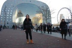 Η διάσημη αγορά στην καρδιά της μεγάλης πόλης του Ρότερνταμ, μια ολλανδική μητρόπολη στοκ φωτογραφία