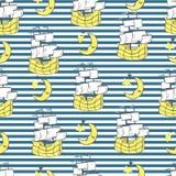 Η διανυσματική απεικόνιση του άνευ ραφής ριγωτού πλέοντας σχεδίου με τα σκάφη, μισό φεγγάρι, αστέρια επικαλύπτει τις λουρίδες ελεύθερη απεικόνιση δικαιώματος